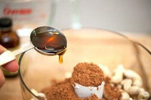 Cách làm kem ca cao hạt điều thơm ngon hấp dẫn-hình số-4