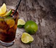 Cách pha chế cocktail Cuba Libre -Cuba tự do