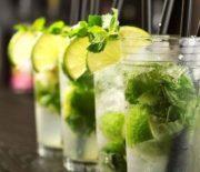 Cách pha chế Cocktail Mojito tươi mát truyền thống