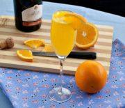 Cách pha chế cocktail rượu vang nồng nàn quyến rũ