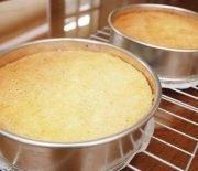 Học cách làm bánh bông lan bằng lò vi sóng ngon như tiệm làm
